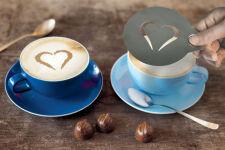 Pochoirs pour café